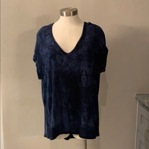 Tahari dark blue tie dye top